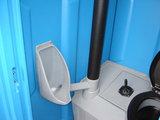Mobiel toilet bouw met doorspoeling_